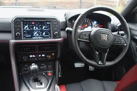 Nissan Gtr Generations - godzilla thrilla first uk and irish road test of the new 2017