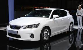 toyota lexus 2010 lexus ct reviews lexus ct price photos and specs car and driver