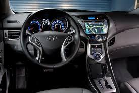 reviews hyundai elantra 2012 hyundai elantra car review autotrader