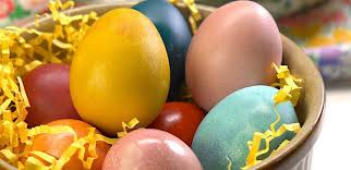 easter dying eggs naturally dyed easter eggs recipe tiphero