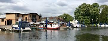 river thames boat brokers river thames boat sales moorings thames boat house narrowboat