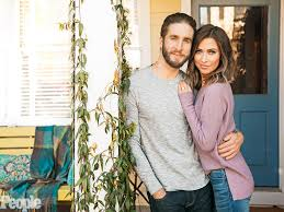 photo booth wedding kaitlyn bristowe and shawn booth on moving in together and wedding