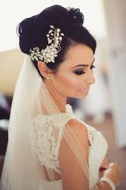 bridal hair accessories a collection of modern and marvelous bridal hair accessories by