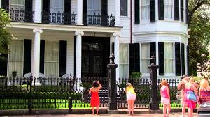 Districts Of New Orleans Map by New Orleans Garden District Walking Tour Youtube