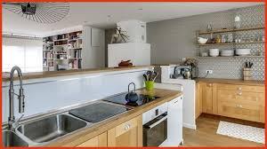 decorer une cuisine les cuisines les moins chères awesome décorer la cuisine relooking