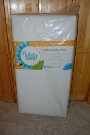 Lullaby Earth Crib Mattress Reviews Lullabye Earth Lightweight Crib Mattress Review Giveaway