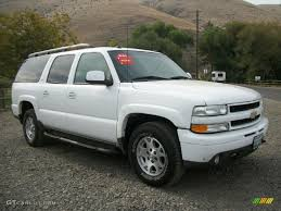 summit white 2003 chevrolet suburban 1500 z71 4x4 exterior photo