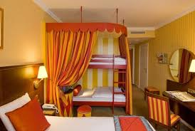 Rooms Magic Circus At Disneyland Hotel Paris - Family room paris hotel
