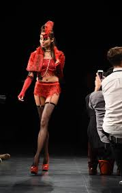 omg there was a halloween fashion show at nyfw and here are the