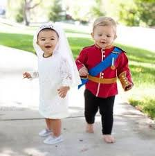 Cute Ideas For Sibling Halloween Costumes Homemade Iphone Costume Ideas For The Kiddos Pinterest