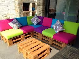 canapé couleur canapé de couleur pour la terrassemeuble en palette meuble en palette