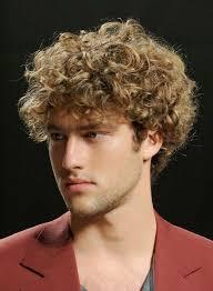 Frisuren Mittellange Haar Naturwelle by 79 Beeindruckende Herrenfrisuren Für Lockiges Haar