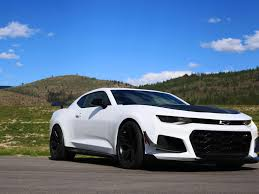 zl1 camaro tires 2018 chevrolet camaro zl1 1le is a serious track weapon page 2