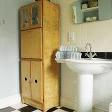 Yellow And Pink Bathroom 50s Style Bathroom Storage Bathroom Decorating Ideas Bathroom 50