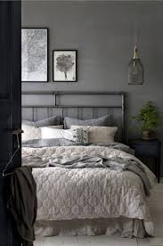 Green Bedroom Wall What Color Bedspread Best 25 Dark Grey Bedrooms Ideas On Pinterest Charcoal Paint