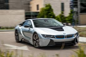 bmw i8 2014 tesla model s p85 vs 2014 bmw i8 comparison motor trend
