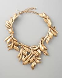 collar gold necklace images Lyst oscar de la renta gold leaf collar necklace in metallic jpeg