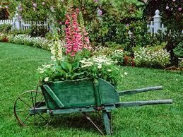 Stylish Outdoor Lawn And Garden Decor Outdoor Yard Decor