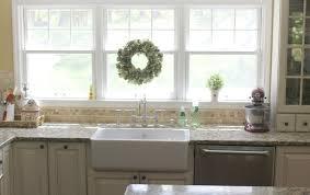 White Kitchen Sink Ideas Best Kitchen Sinks Ideas On Pinterest - Kitchens with farm sinks