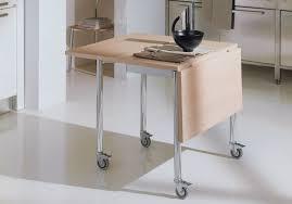table pliante pour cuisine pensez à la table pliante pour une cuisine mobile cuisine