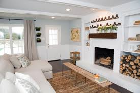 Fixer Upper Living Room Wall Decor Photos Hgtv U0027s Fixer Upper With Chip And Joanna Gaines Hgtv