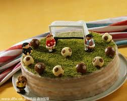 themed cakes football themed cakes 1 chinadaily cn