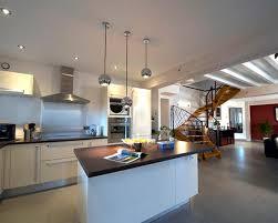 cuisine ouverte avec ilot central cuisine ouverte ilot central idee cuisine ouverte ilot central