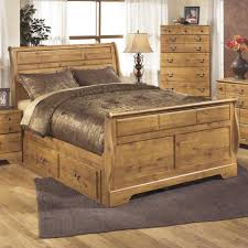 White Queen Sleigh Bed Signature Design By Ashley Bittersweet Queen Sleigh Bed With Under