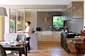 cuisine flamande entre la cuisine et l atelier aga 4 fours fonte noir hotte