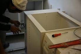 monter une cuisine montage de cuisine houcine peinture pose de cuisine sur montage