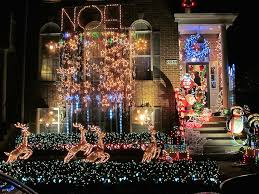 Home Alone Christmas Decorations by Holly Zell Finds The Best Christmas Lights In Northern Virginia
