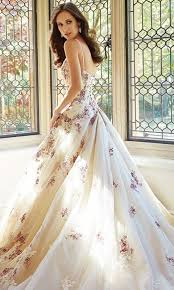 Ivory Wedding Dresses Gorgeous Floral Wedding Dresses That Inspire Happywedd Com