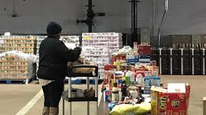 volunteers needed to sort and package 10 thanksgiving meals wjar