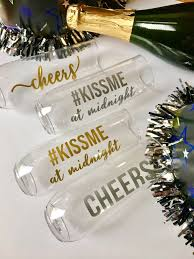 new years chagne flutes new years chagne glass cheers chagne flute new years