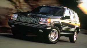 recalls on 2004 jeep grand chrysler relents agrees to recall 2 7 million jeeps before