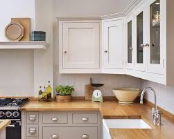 kitchen cabinet cornice shaker kitchen different colour units top and bottom nb would like
