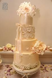 bespoke wedding cakes 10 amazingly luxurious bespoke wedding cakes wedding cake ideas