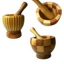 mortier cuisine mortier avec pilon en bois broyeurs de déchets casse épices ail