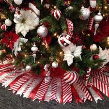 Peppermint Twist Tree Skirt Using Ribbon Tree Skirt Cut Paper Pattern Attach Cut Ribbon