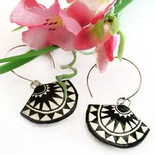 paper ear rings paper earrings black and white fan earrings from paperjewels