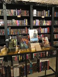 comic book shelves america u0027s first all romance bookstore the ripped bodice opens in