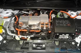 renault fluence ze review renault fluence ze fully electric vehicle wemotor com