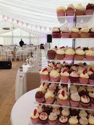 wedding cake balikpapan wedding cupcakes dessert tables lou cakes