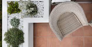 bodenfliesen fã r balkon außenfliesen für balkon terrasse in großer auswahl fliesen kemmler