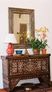 interior design by anna hackathorn living room moroccan mirror