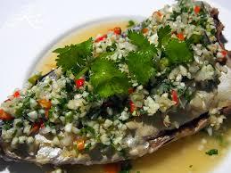 vapeur cuisine poisson à la vapeur au citron vert et à l ail au pays des piments