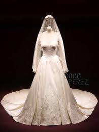 mcqueen wedding dresses kate middleton donates wedding dress display proceeds to charity