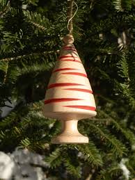 turning a tree ornament