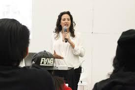 workshop teaches iad students how to houzz academy of art