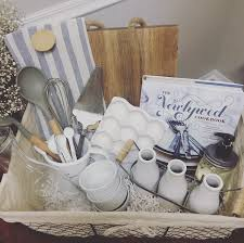 wedding gift basket ideas best 25 wedding gift baskets ideas on bridal shower